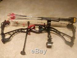 2013 Hoyt Spyder Turbo 60 lb. (Black) compound bow with full hunting set