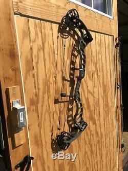 2019 Prime Logic CT3 Recon Gray Compound Bow Hunting 29.5 80 lb