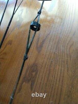 Bear Legion Archery Compound RH Camo Accessories Set-up 50-60# 26-31