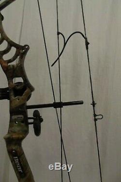 Bear Legion Compound Bow 60 Lbs Adjustable 27 Draw 80% let off RH Camo Hunt