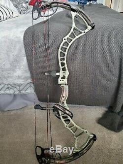 BowTech Insanity CPX Archery Bow Compound Black camo Hunting LH 60 70# 25.5 30