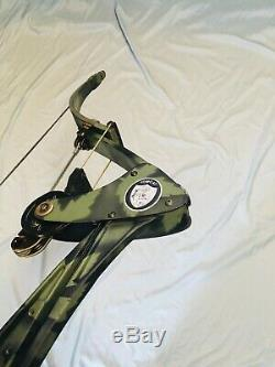 Bow Fishing Oneida TOMCAT Eagle Bow Fishing Hunt Right Med 25-50-70 Excellent