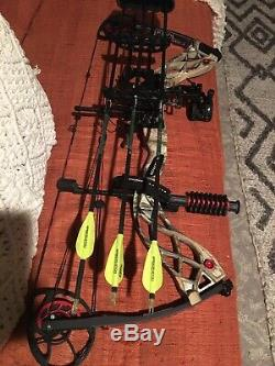 Bowtech Carbon Knight Rh 70# Mint Condition, Ready For Hunting