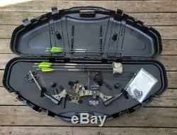 Darton Archery Ranger III Compound Bow Right Handed Hunt Package. Pre Owned