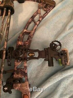 Elite Energy 35 60-70 lbs. Right Hand Compound Bow Hunting Archery complete