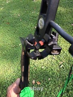Elite Energy 35 Compound Hunting Bow 70# 29