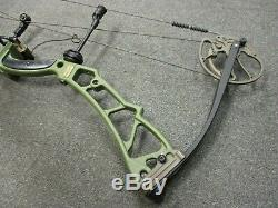 Elite Tempo 28 to 32 Draw 60# to 70# Right Hand Archery Compound Hunting Bow