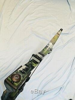 Excellent Ready2Go Oneida Strike Eagle Bow Fishing Hunt RH Long Draw 25-50-70