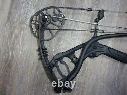 HOYT REDWRX CARBON RX-4 Compound Hunting Bow 28 to 30 Right hand 60# to 70#