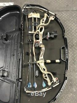 Hoyt CARBON SPYDER 30 Bow Loaded Hunt Ready Left Hand
