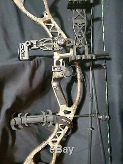 Hoyt Charger LH Compound Hunting Bow Left Handed RealTree With Extras