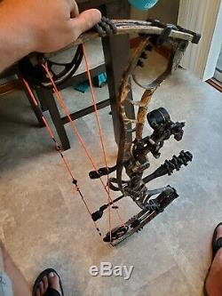 Hoyt Faktor 30 Archery Bow Compound Realtree Camo Hunting RH 28-30 60 70