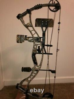 Hoyt Maxxis 31. Complete Hunting Set Up. Right Handed, 27.0 draw length, 70Lb