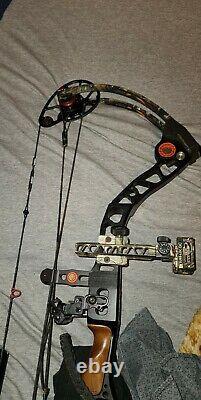 Hunting bow Mathews Monster Series bow