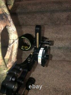 Hunting bows for sale, hoyt Bow, bow and arrow, hoyt