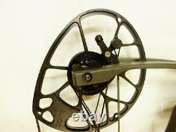 Mathews Archery Halon 5 With Accessories 28.5 RH 60# 70# Stone Used
