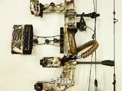 Mathews Archery Triax WithAccessories RH 70# 29 inches Lost XD Used