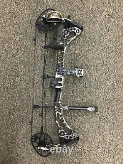 Mathews Halon 32 6 right handed ready to hunt package 50-60# 2