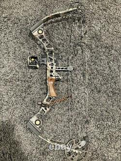 Mathews Outback Compound Bow Ready To Hunt Very Nice Bow