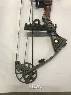 Mathews Solocam LX 70 lbs. 28.5 in. RH Pull Compound Hunting Bow Archery Solo