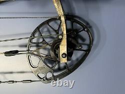 Mathews Traverse Compound Target/Hunting Bow RH 30 60 lb Limbs Plus Many Extras