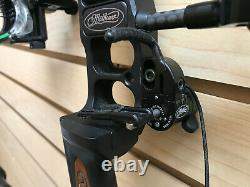 Mathews Triax Hunting Bow Black 28 Draw 70lb Draw Weight