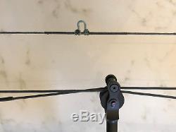 Mathews Triax compound hunting bow RH 28 draw 60-70# 85% Let off, Ridge Reaper