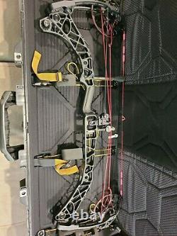 Mathews VXR 31.5 RH Compound Hunting Bow