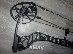 Mathews Vertix 27½ to 30 RH 60# to 75# Archery Compound Hunting Bow
