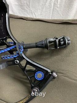 Mathews drenalin compound bow Ready To Hunt Factory Black Mathews bow SKB case