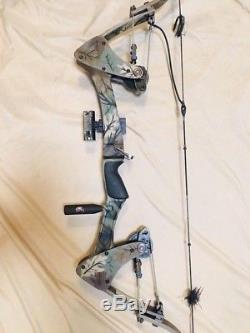 Mint Oneida Eagle Tom Cat T3 Bow Fishing Hunting Right Short Draw 35-55LB