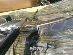 Mountaineer Archery MR2000 Compound Hunting Bow & Case RH