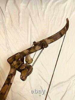 ONEIDA SCREAMING EAGLE FISHING HUNT BOW RH 30-45-65 LB 28-32 LongDraw EXCELLENT