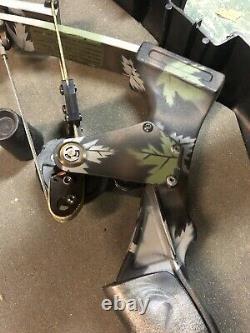 Oneida Eagle Compound Bow Aero Force Bow Hunting Fishing Archery Target