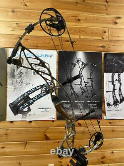 PERFECT USED Hoyt Pro Defiant 30 50-60lbs, 28-30in Camo Hunting RH Bow