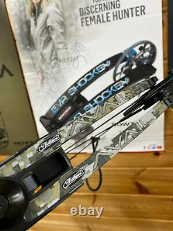 PERFECT USED Mathews Avail Right Handed 40-50lbs Bow RH WOMENS HUNTING 24.5