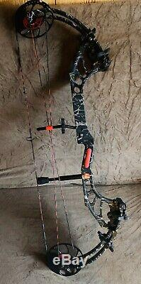 PSE Evolve EVO 7 Right Handed 26-31 50lbs. Compound Bow Hunting Archery