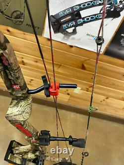 USED PSE Bow madness 32 70lbs Camo Bowmadness COMPOUND HUNTING BOW RH