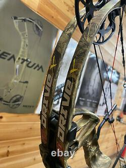 USED PSE Drive X 25-30.5 50-70# Compound Bow CAMO HUNTING NEW CUSTOM STRINGS
