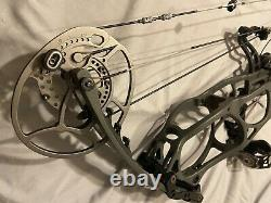 Used Bear Perception 60lbs Hunting bow in stone gray