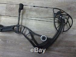 Used Bowtech Realm SR6 60# to 70# Right-Hand 26 to 30 Archery Hunting Bow