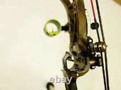Bowtech Archery Realm Sr6 Avec Accessoires 25.5 30 Rh 60# 70# Utilisé