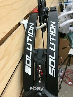Bowtech Solution Chasse Bow Black 25 30 Lgth 70lb Wht