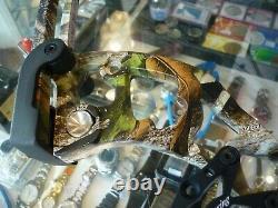 Cobra De Chasse À L'arc Composé Bow Droit Main Dans Camo Au Stock