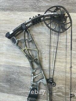 Hoyt Axius Compound Hunting Bow 28 To 30 Rh 60# To 70# Optifade Elevated II