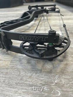 Hoyt Axius Ultra Compound Hunting Bow 27 À 30 Main Droite 55# À 65 #