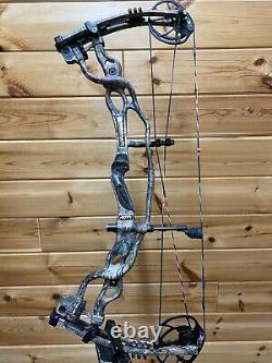 Nice Hoyt Rh Carbon Spyder 30 Camo Hunting Bow (28.5 DL 60-70# Dw)