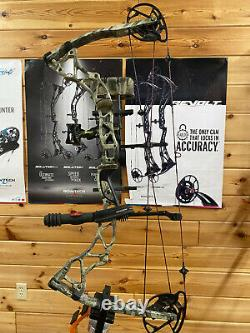 Nice Utilisé Bowtech Assassin Rh Nœud Composé, 50 60lb Rak Camo Bow Hunting
