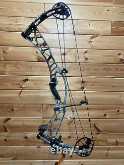 Nouveau Hoyt Axius Ultra Rh 60-70# 27-30 Sitka Elevated II Camo Bow Hunting Target