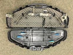 Pse Nova Hunting Compund Bow & Arrow Set Avec Étui Plat Et Autres Accessoires